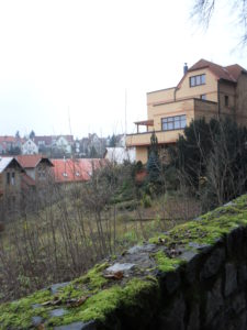 5 pohled na sousední stavbu