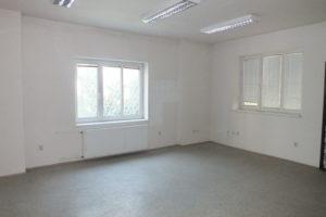 7_velká kancelář v přízemí