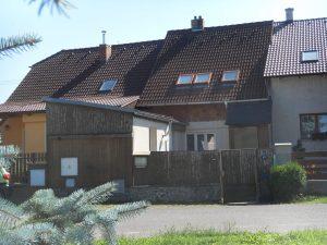 PRODEJ RD se zahradou  vhodný pro trvalé bydlení i rekreaci Městys Stádlec, u Opařan, Jižní Čechy