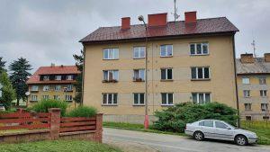 Převod družstevních práv:  Byt 3+1 se samostatnou komorou, sklepem a půdním prostorem, Pacov, ul. Nádražní