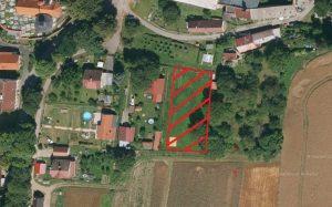 Pozemek určený územním plánem pro výstavbu rodinného domu, Obec Radenín, okres Tábor
